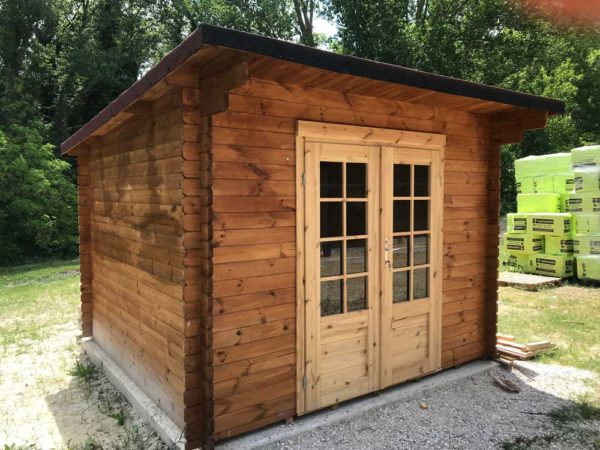 casetta in legno modello Marche