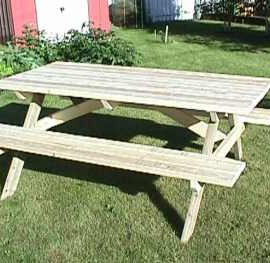 picnic-table(8)