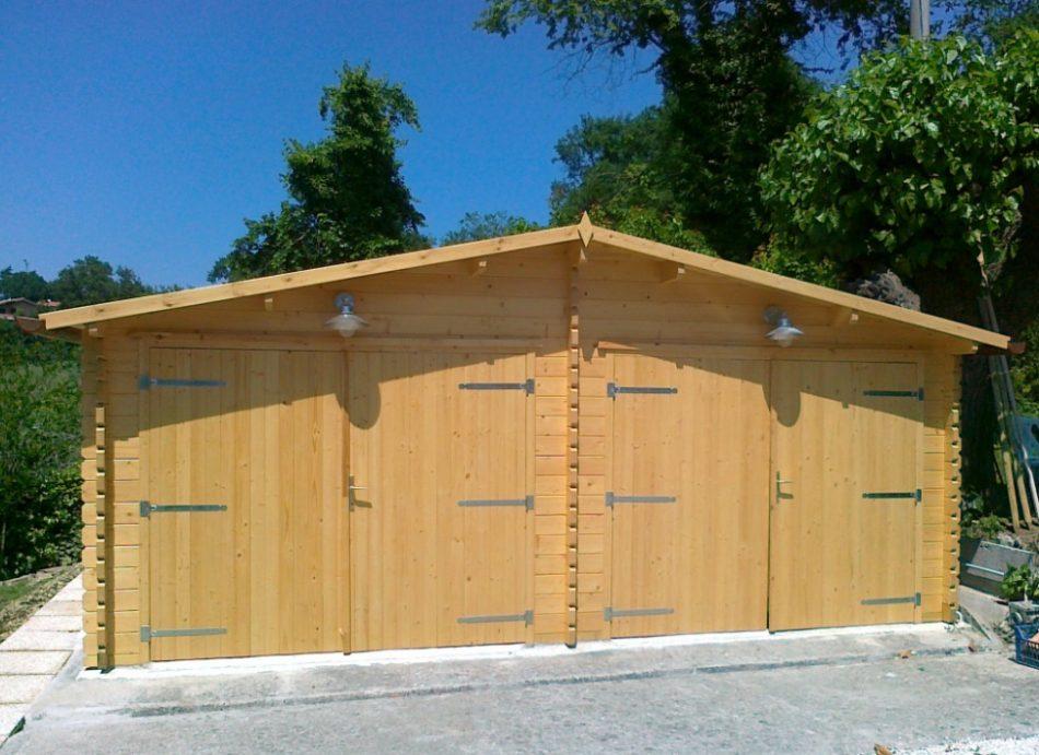Vendita casette in legno for Due box auto indipendenti