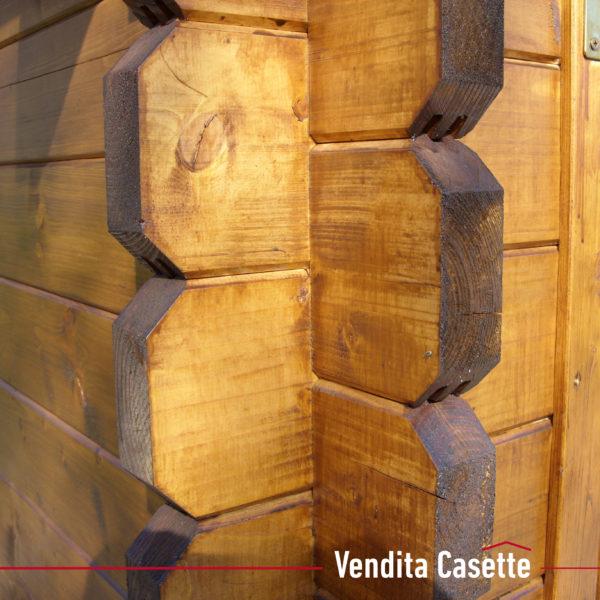Casetta in legno mod. Latina particolare