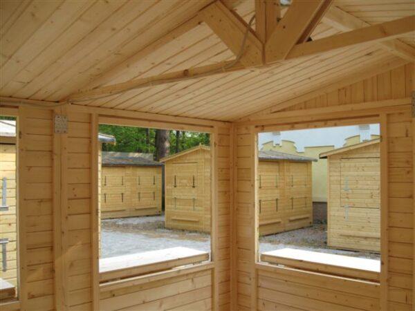 Chiosco_in_legno_interno